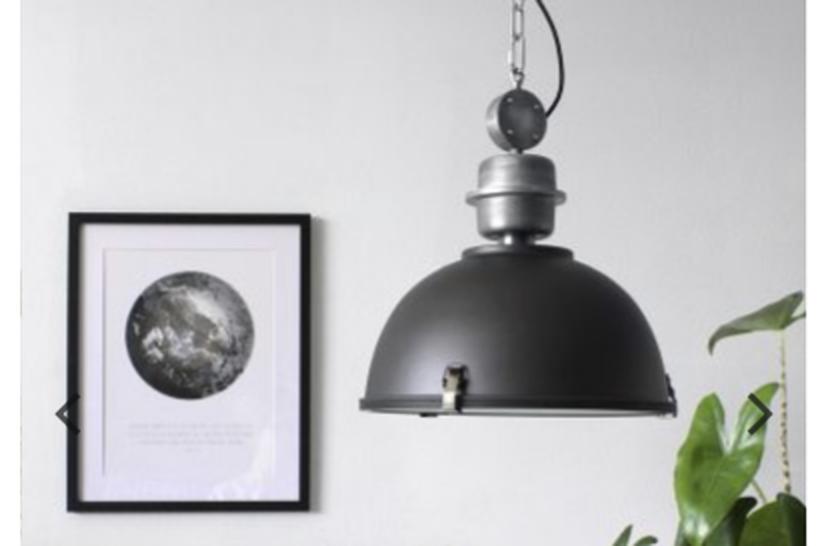 Tips voor een zwart wit interieur: van zwarte hanglampen tot zwarte ...