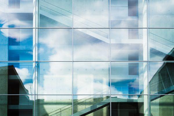 5 redenen om voor een glazen schuifwand te kiezen